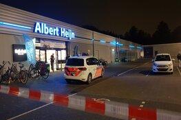Gemaskerd duo met vuurwapen overvalt Albert Heijn in Amstelveen
