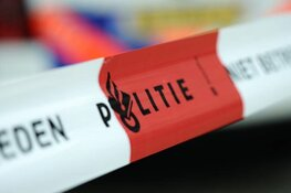 Man overleden na schietincident Amsterdam, verdachte op de vlucht