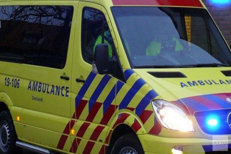 Fietser zwaargewond na aanrijding met bus in Amsterdam