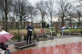 Krans gelegd om verzetsstrijders uit Badhoevedorp te herdenken