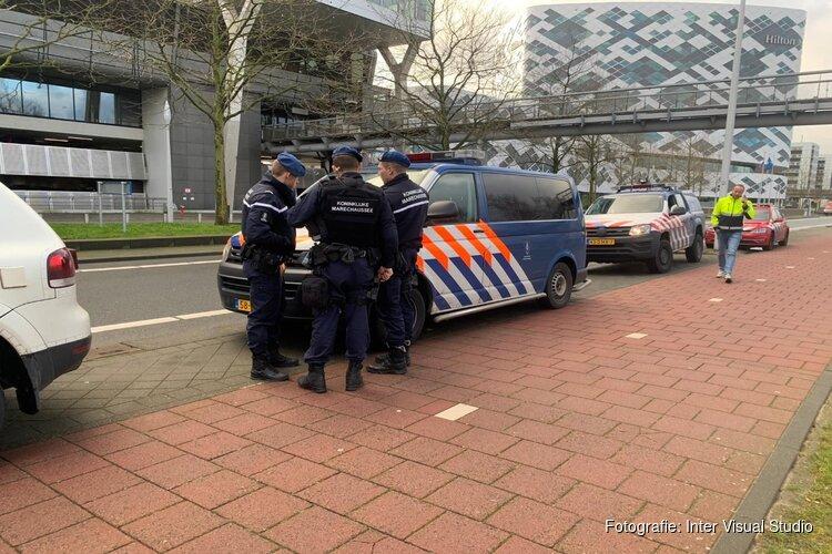Geen explosieven gevonden in verdachte auto in parkeergarage Schiphol