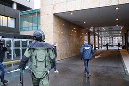 Verdachte brief bij hotel Amsterdam, explosievenverkenner ter plaatse