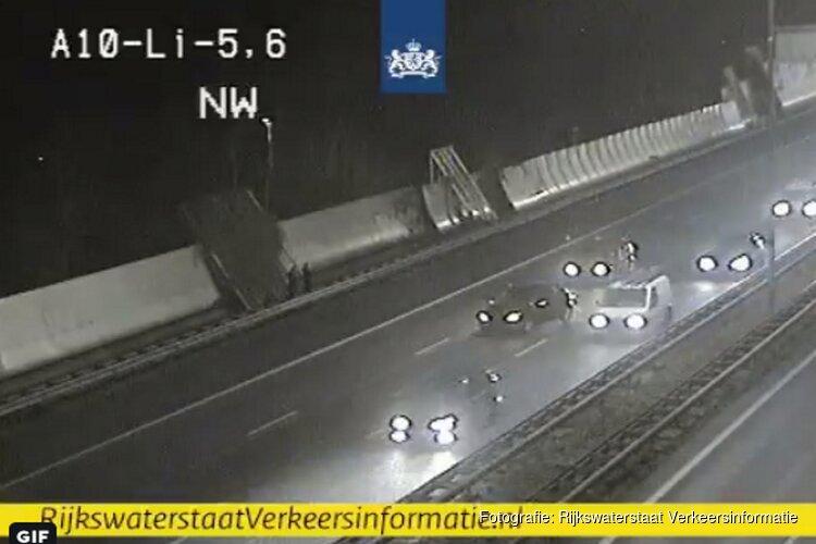 Meerdere files op A10 in Amsterdam door ongelukken
