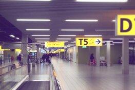Veel vraag naar mondkapjes op Schiphol