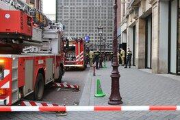 Hulpdiensten uitgerukt voor brandmelding Bijenkorf Amsterdam