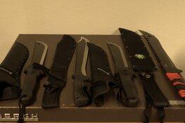 Vier minderjarigen met machetes aangehouden