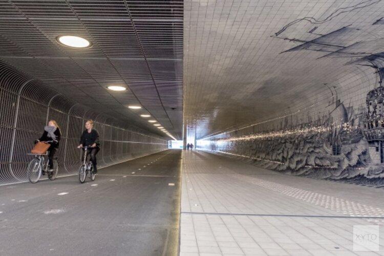 Afsluiting fietstunnel onder Amsterdam Centraal