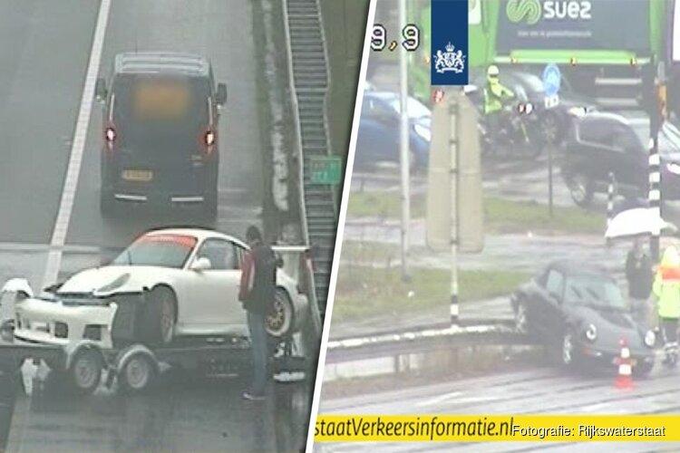 Twee dure sportwagens in de kreukels bij ongelukken op A10