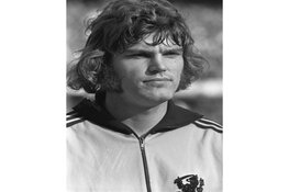 Oud-Ajacied Barry Hulshoff (73) overleden