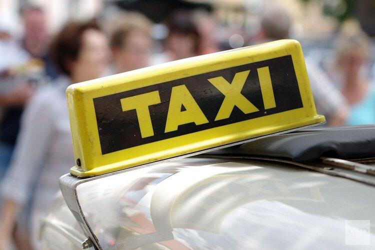 Vijf Amsterdamse taxichauffeurs aangehouden wegens rijden onder invloed van drugs