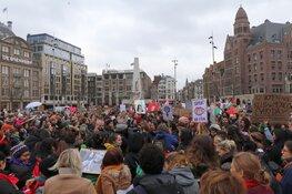 Duizenden deelnemers aan Women's March door centrum Amsterdam