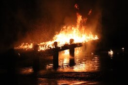 Steiger in brand gestoken Amsterdamse Bos