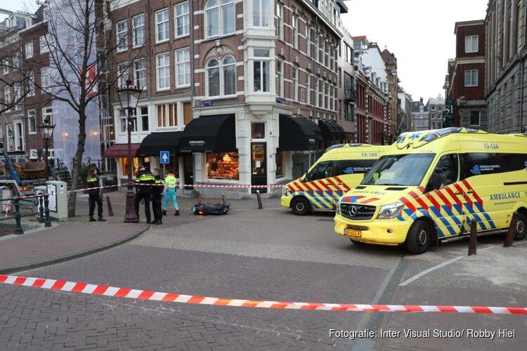 Scooterrijder overleden na ongeval op Keizersgracht