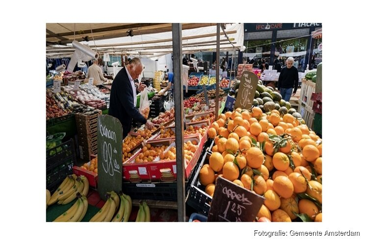 Amsterdam sluit markt vanwege drukte
