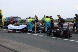 Motorrijder gewond bij ongeval Schellingwouderbrug