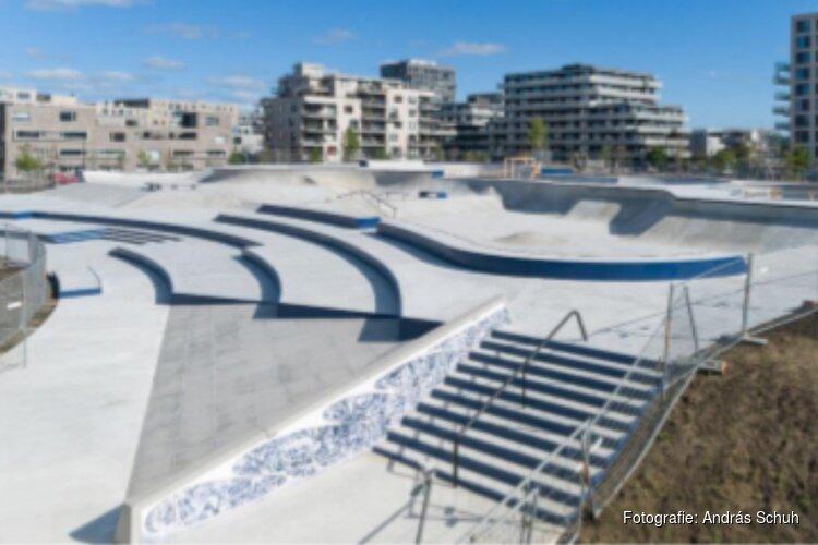 Amsterdam opent grootste skatepark van Nederland op Zeeburgereiland