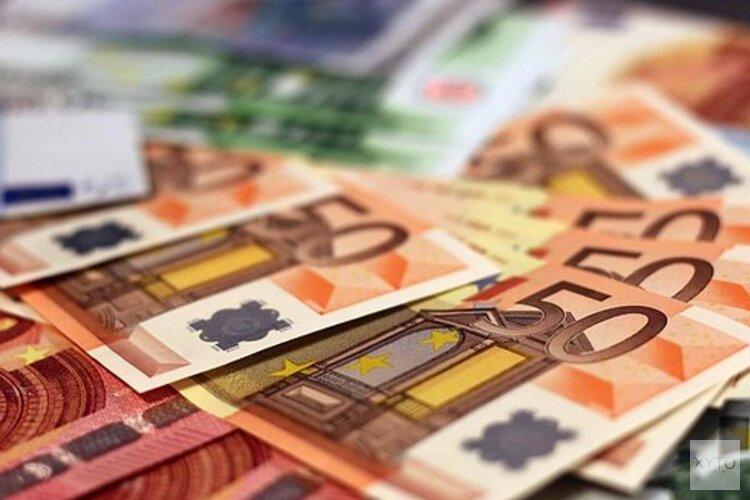College investeert 1,2 miljoen euro om schulden van Amsterdammers te voorkomen