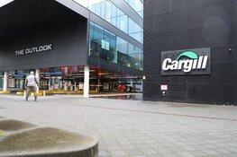 Vijf mensen onwel na openen koffer bij douane Schiphol