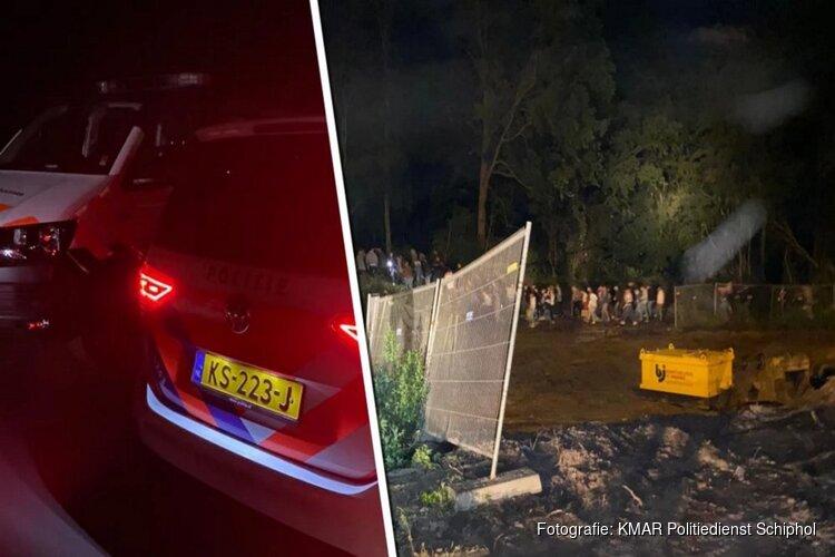 Illegaal feest onder viaduct Amsterdamse Bos beëindigd: 'Muziekinstallatie en lachgas'