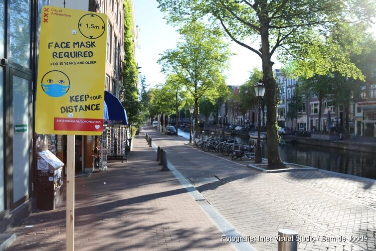 Rechter laat mondkapjesplicht Amsterdam in stand