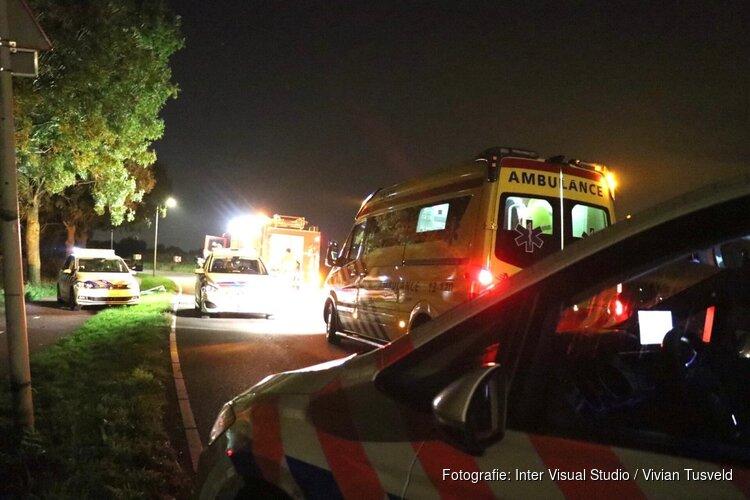 Auto belandt in het water bij Abcoude, bestuurder niet aangetroffen