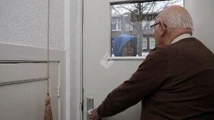 Twee verdachten aangehouden na babbeltruc Niersstraat Amsterdam