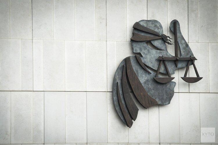 OM eist celstraffen voor overdracht misdaadgeld