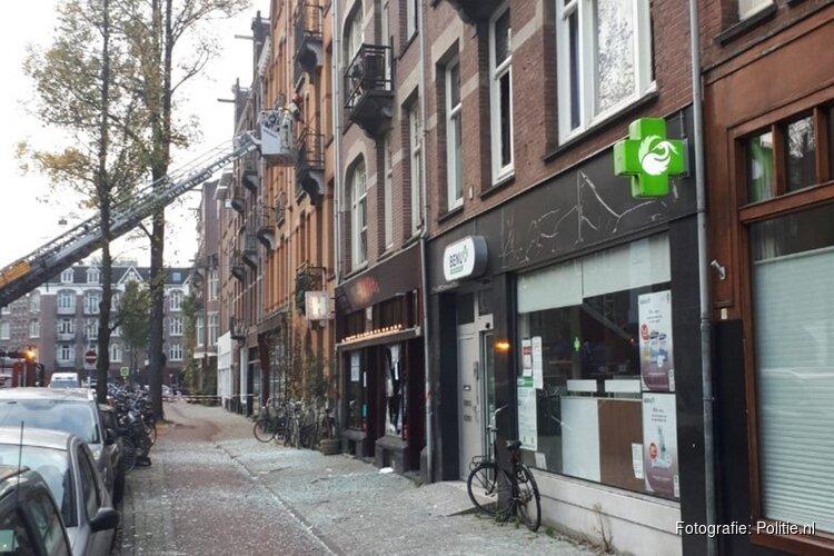 Explosie bij coffeeshop op Admiraal de Ruyterweg