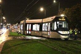 Gloednieuwe tram GVB voor Amsterdam Zuid ontspoort op eerste dag testperiode