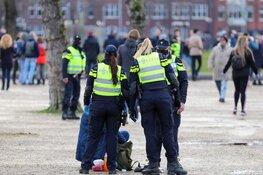 Vele betogers op Museumplein, politie moet opnieuw ingrijpen